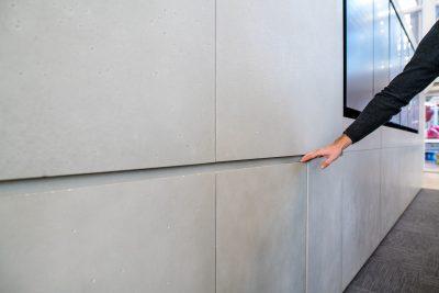 parete attrezzata rivestita in cemento non cemento