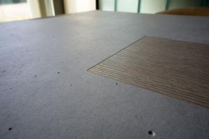 Concreo con intarsio legno rovere
